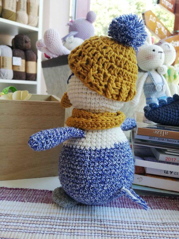 crochet-penguin-toy-blue-back