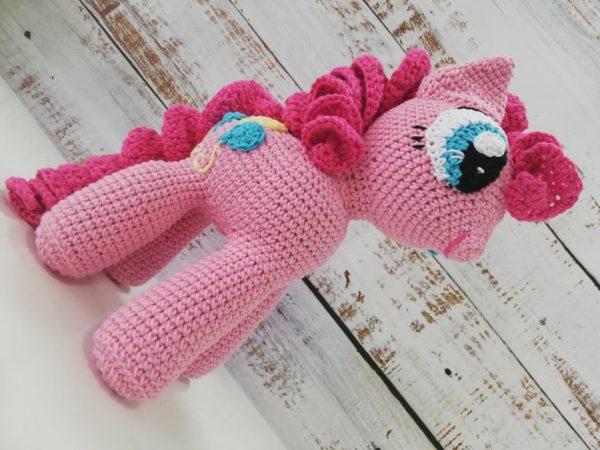 Pinkie Pay - Crochet Amigurumi Toy 02