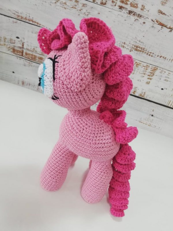 Pinkie Pay - Crochet Amigurumi Toy 03