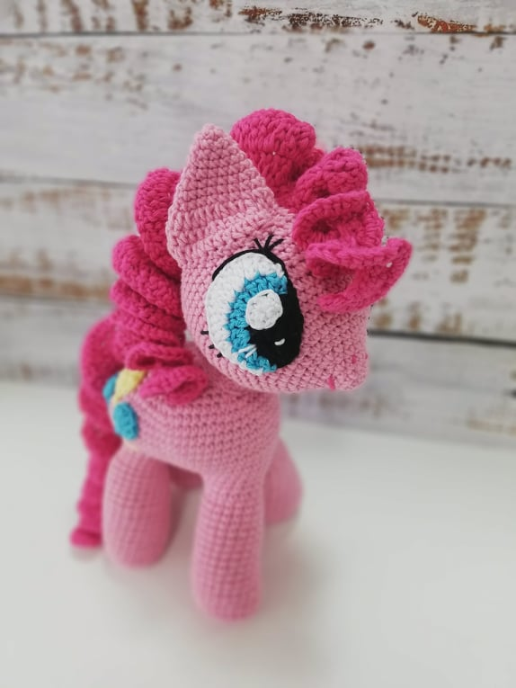 Pinkie Pay - Crochet Amigurumi Toy