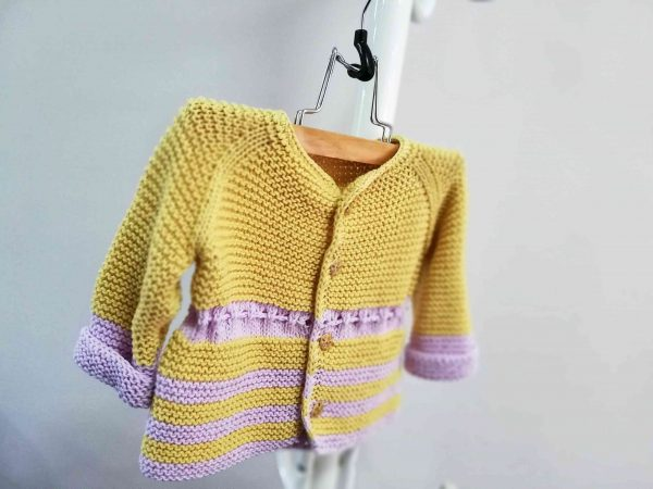 Fresh Hand Knit Girl Vest with Ribbon 01