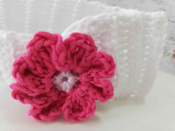Crochet Headbands with Flowers - white 01