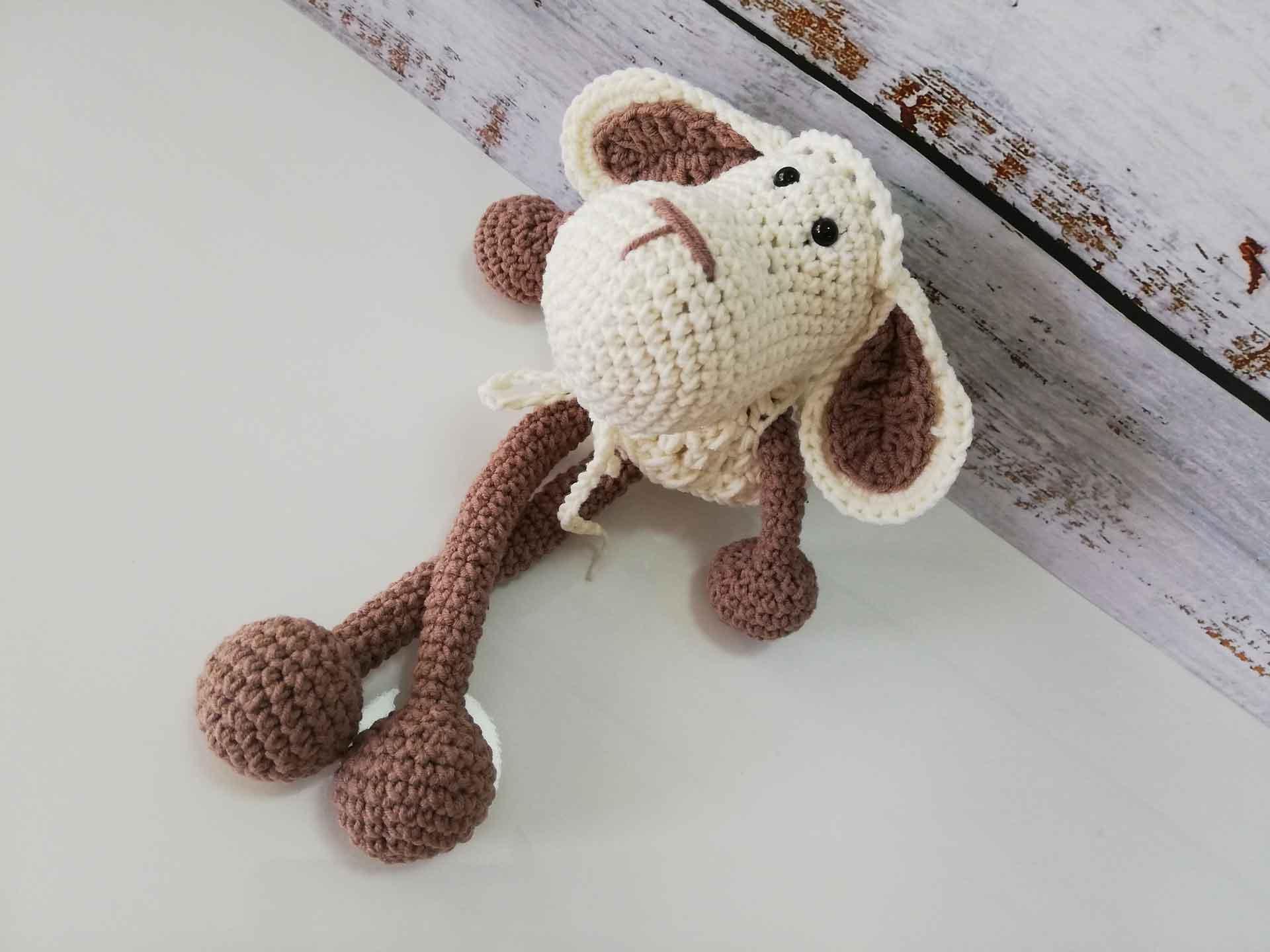Amigurumi Toy Sheep Free Crochet Pattern | 1440x1920