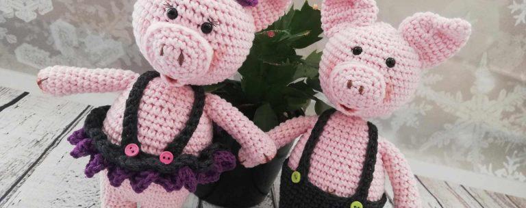 the-little-piglets-couple