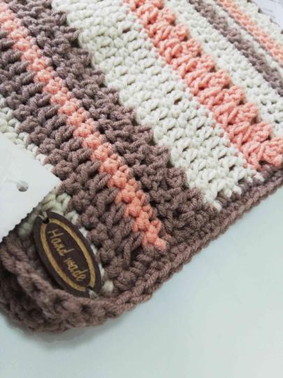 Crochet Baby Set in Beige and orange 04
