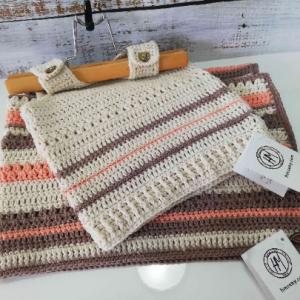 Плетен комплект – пелена и потник