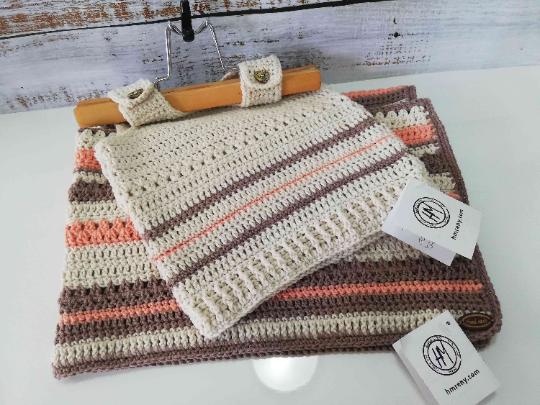 Crochet Baby Set in Beige and orange