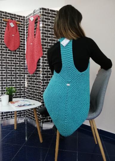 Crochet Ladies Vest 01