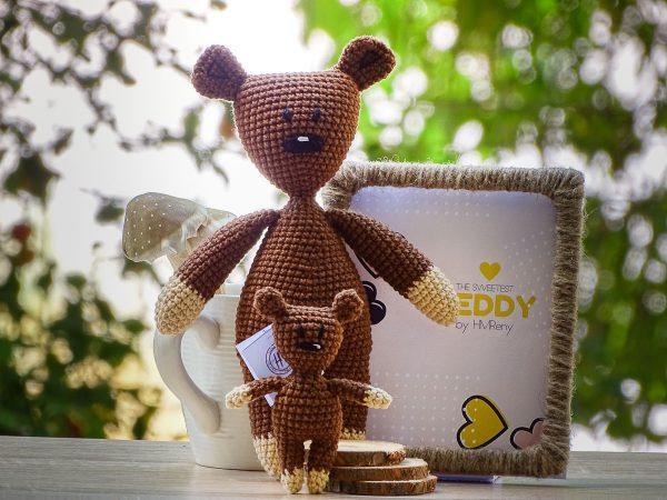 Mr's Been Teddy, little Teddy and big Teddy