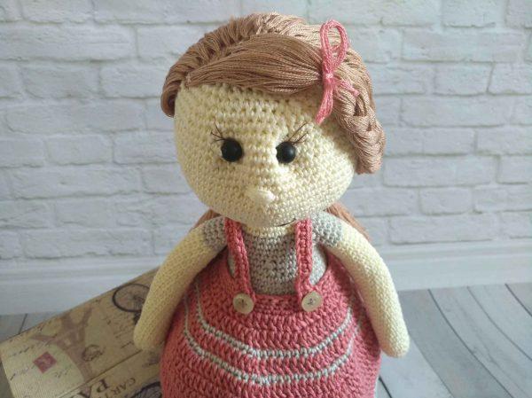 crochet-doll-Carrie-pattern-face