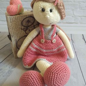 Crochet Carry doll pattern