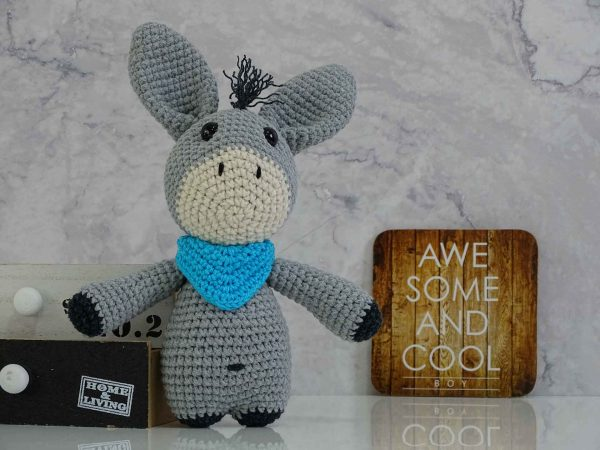 grey-donkey-with-bandana