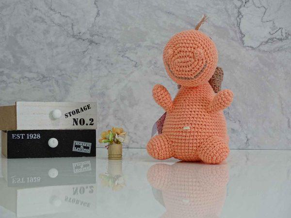 peach-dinosaur-dino-hug-me
