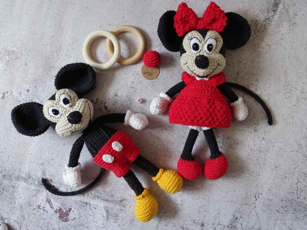 mickey-and-minnie-mouse