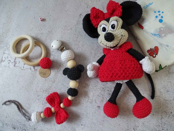 minnie-and-clips