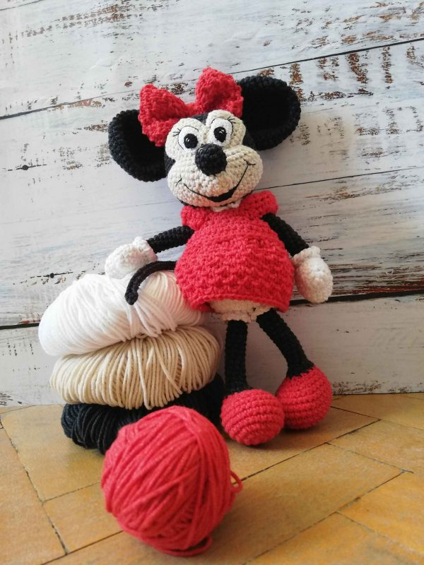 only-minnie-mouse