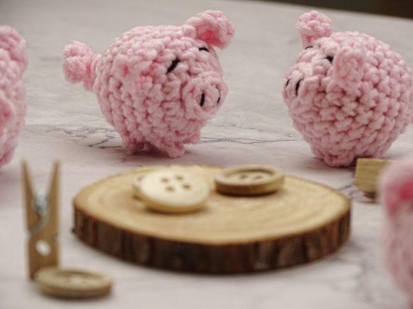 little pigs amulet