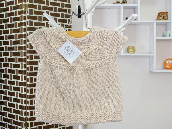 baby vest in beige back