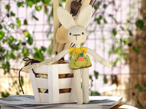 funny-bunny-with-long-ears-the-yellow-one-carrot