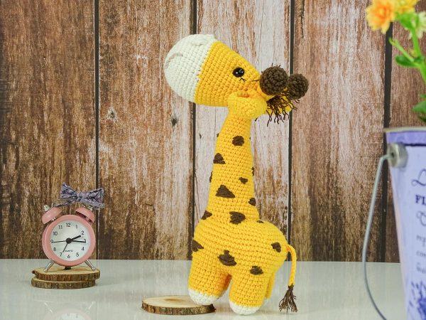 sweet lady giraffe