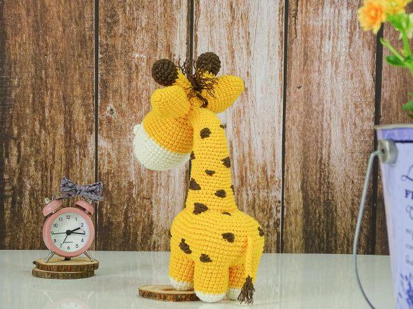 sweet lady giraffe tail