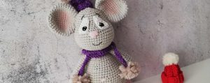 Knitted mice are a symbol of a new beginning, love, and money in 2020 /according to the Chinese calendar/