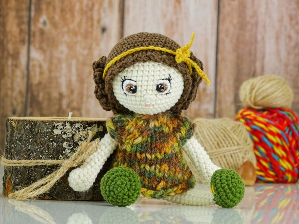 green flower doll