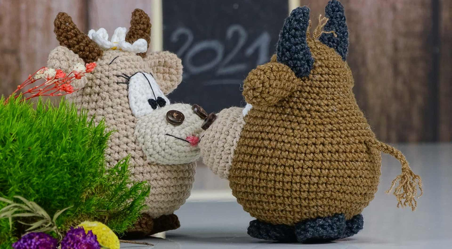 Knitted bulls are a symbol of unity, perseverance, diligence, endurance and reliability in 2021 / according to the Chinese calendar /